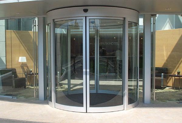 Автоматические полукруглые двери