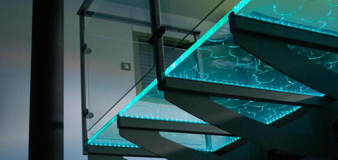 стеклянный пол (балкон)